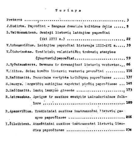 Lietuvių liaudies papročiai – Turinys